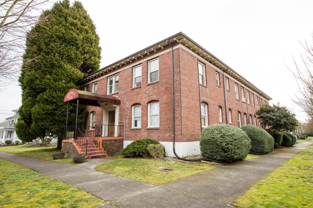 Red Maple Apartments In North Tacoma 1122 North 6th St